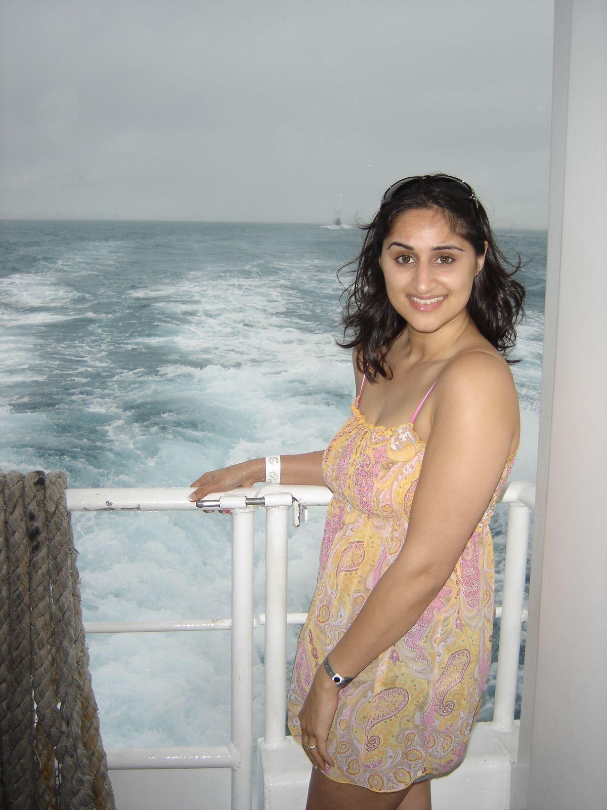 desi wife gangbang sex antarwasna kahani hindipornstories.org par